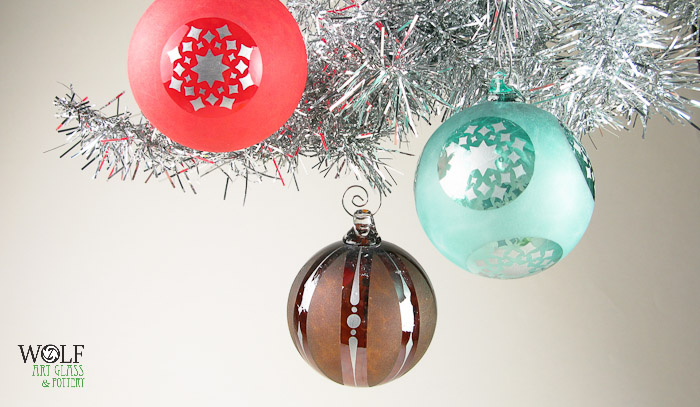 wolfartglass-red-brown-turqoise-hand-blown-glass-ornaments-9535