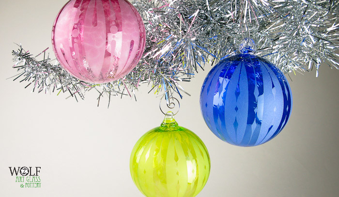 wolfartglass-rgb-hand-blown-glass-ornaments-9517